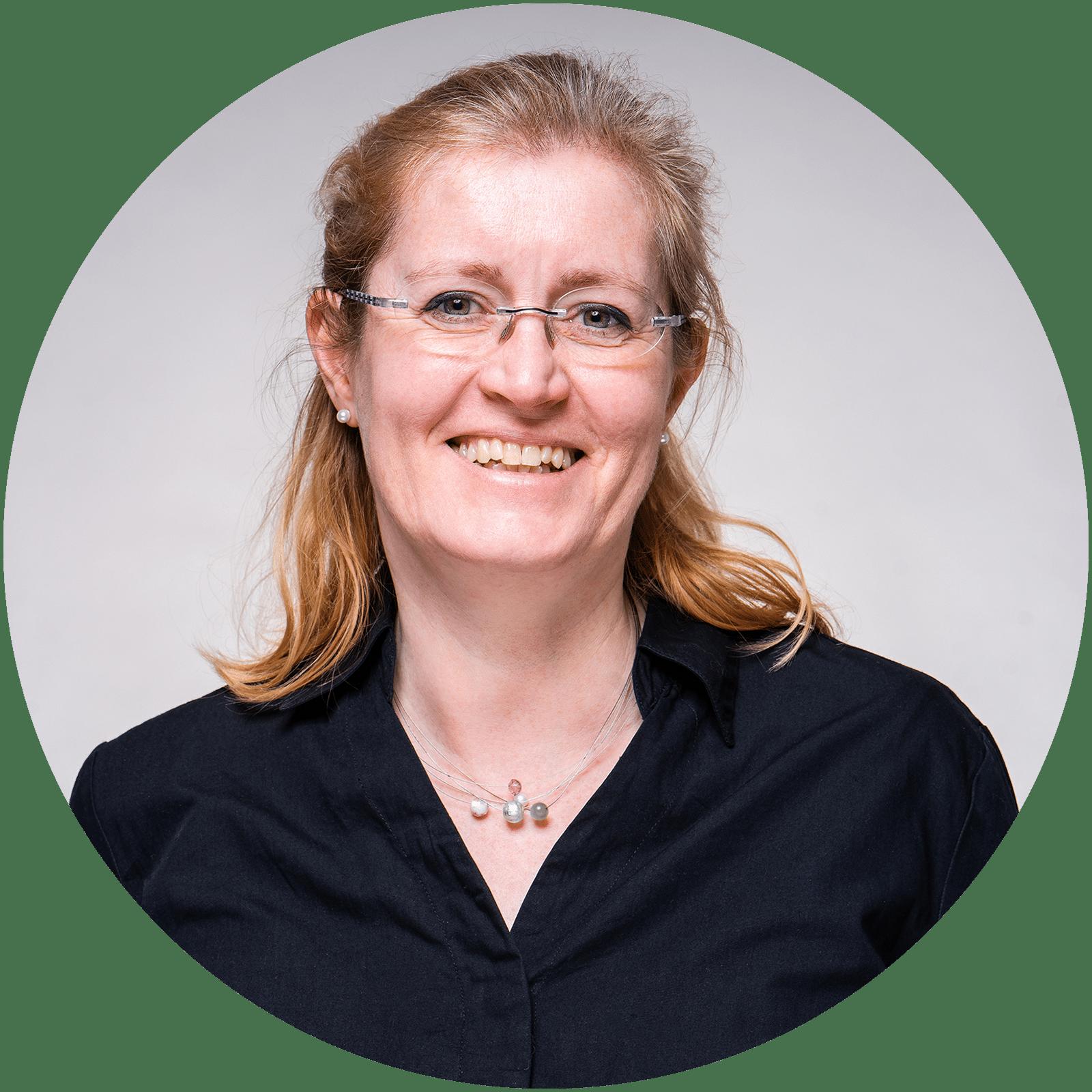 Dr. med.<br/>Birgit Fenneker